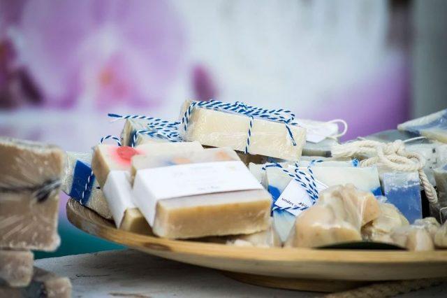Recette cosmétique: comment fabriquer soi-même du savon écologique?